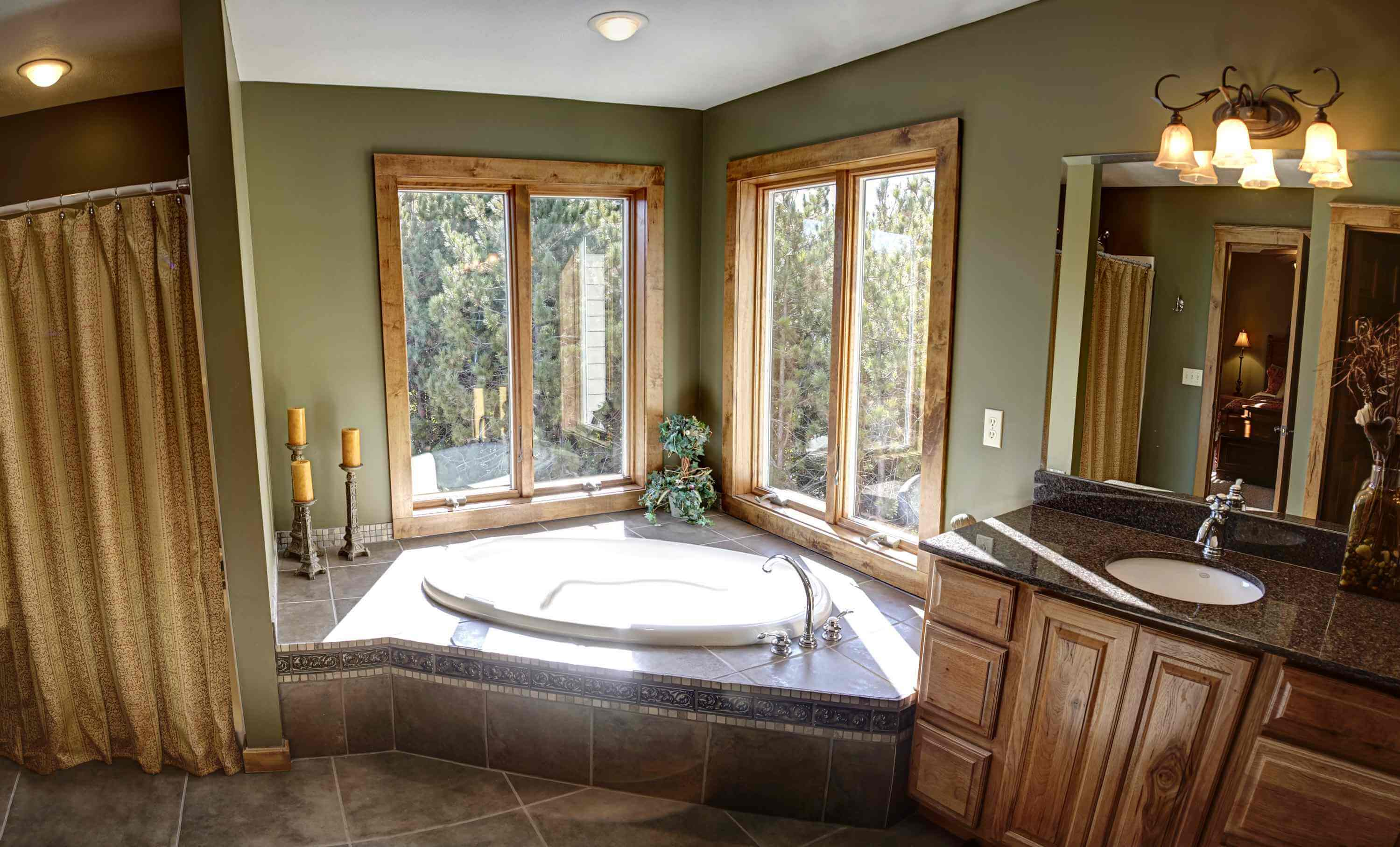Hot tub in the master bath