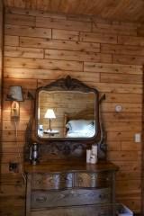knotty pine paneling