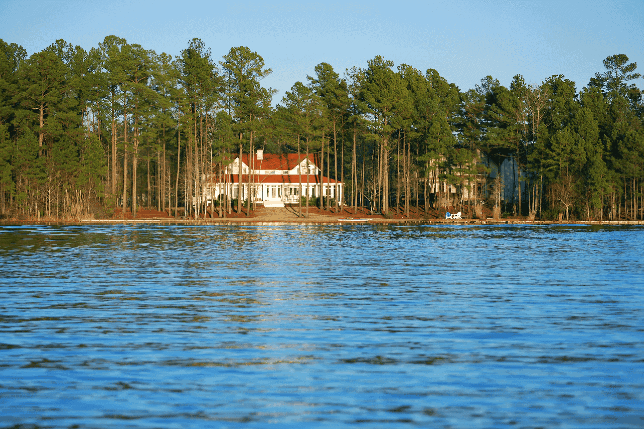 Lake Home Site Selection Tips - featured image